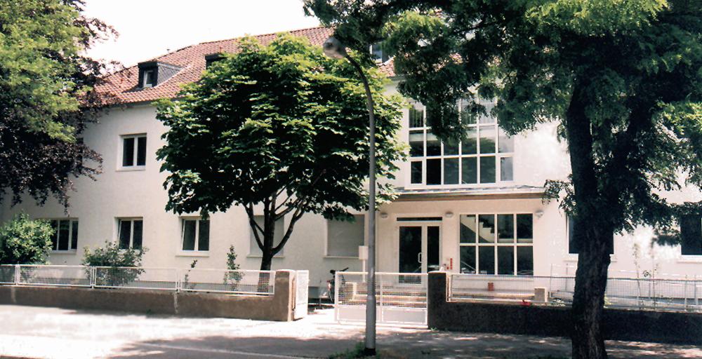 Außenansicht Johannes-Calvin-Haus