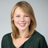 Ihre Ansprechpartnerin:<br/><strong>Laura Hoppenbrouwers</strong>